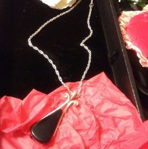 Necklaces Women/Avon/Silvertone